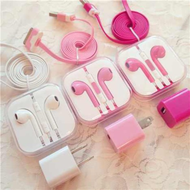 t1vuw7-l-610x610-earphones-iphone-apple+earpods-apple-mobiles+phone-mobile+accessories-pink-mobile+phone-tumblr-accessories-weheartit-jewels-chargers